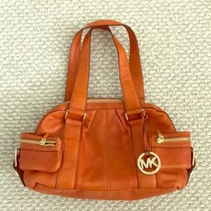 MICHAEL KORS Resort Shoulder Bag